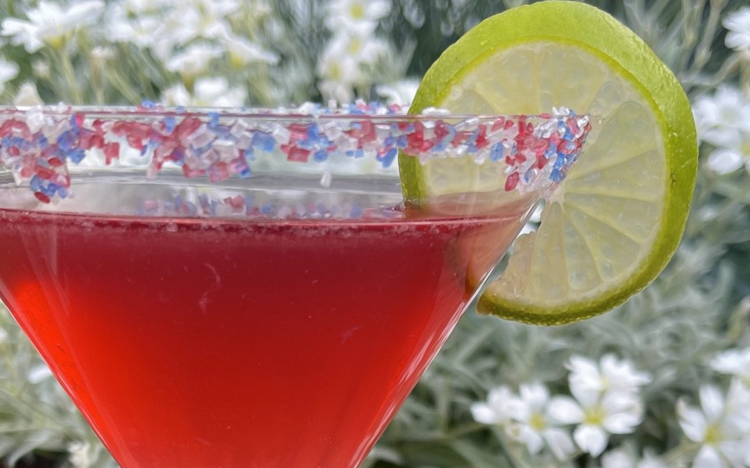 HOW TO MAKE A COSMO COCKTAIL
